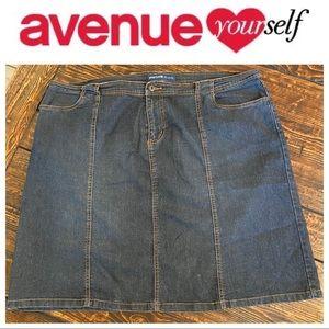 Avenue Knee Jean Mini Skirt